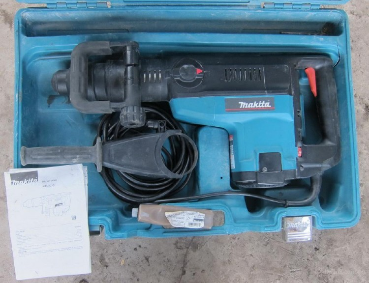 Перфоратор SDS-Max Makita HR5001C - 400 руб./сутки.
